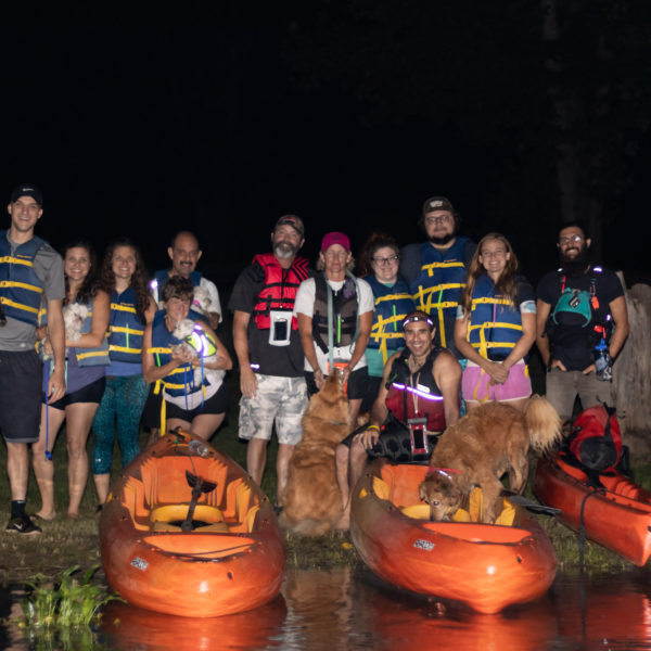happy tails tours group photo 3